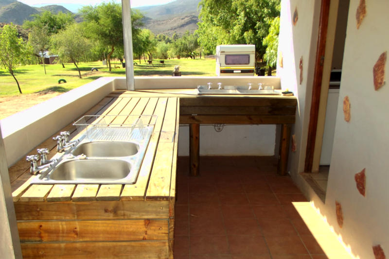Caravan park and camping site Western Cape, Oudtshoorn and Calitzdorp - Karoowater Guest Farm